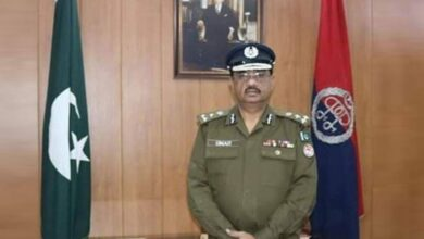 Photo of CM Buzdar Removes CCPO Lahore Omar Sheikh from Office
