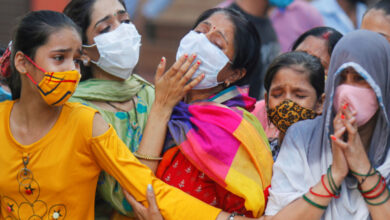 Photo of India Posts Record Daily Rise in Coronavirus Deaths, Modi Under Fire