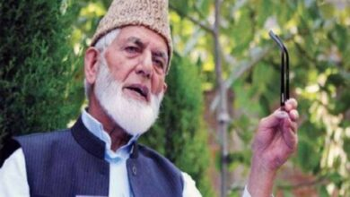 Photo of Hurriyet Leader Syed Ali Gilani Laid to Rest Under Tight Security